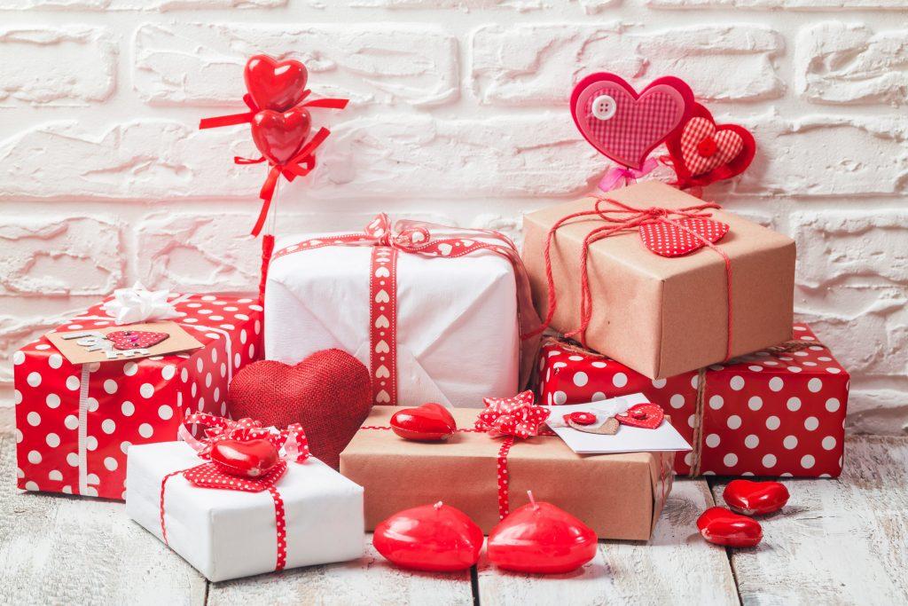 Sevgliye ortak hediye almalımıyım