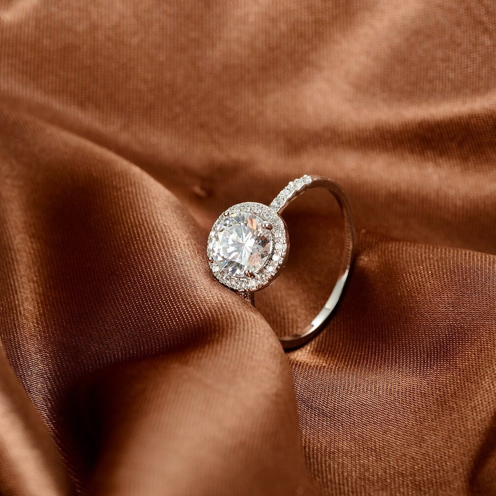 nişanlıya yüzük hediye edilir mi?